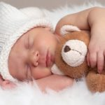 Adab Menyambut Kelahiran Bayi